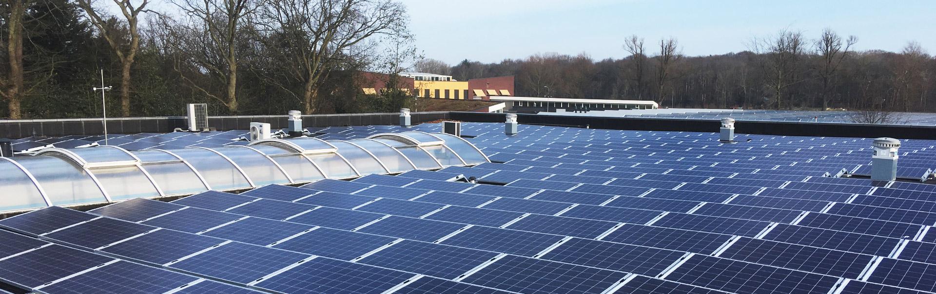 Stichting Zorgbalans, T.M.C. Asser Instituut en GGZ Noord-Holland-Noord vergroenen met in totaal 697 zonnepanelen